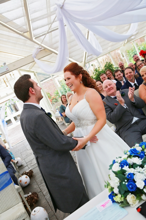 Photographing in the registry office or church